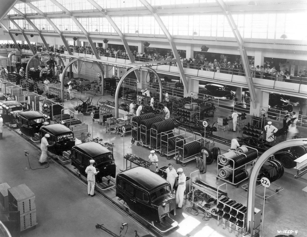 03-GM_Exhibition_Assembly_Line
